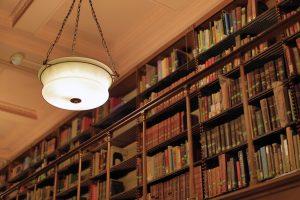 light-and-books-i78a9801